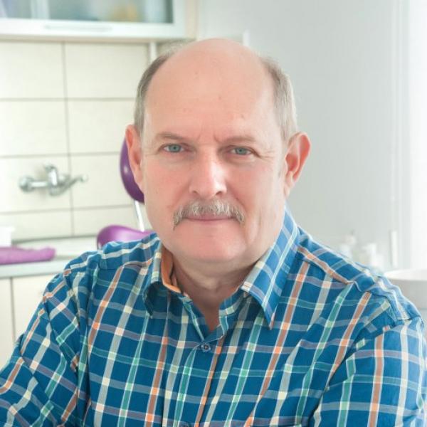 Horváth Károly - fogtechnikus mester
